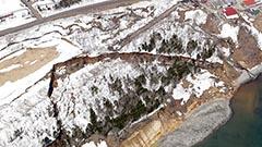 羅臼で海岸隆起 地滑りで押し上がった可能性 開発局が調査開始