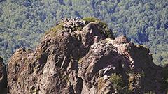 名所・デベソ岩消滅 恵庭岳山頂 進む崩落