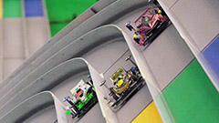 ミニ四駆 難コースで熱戦 札幌でジャパンカップ