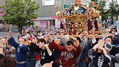 買物公園をみこし渡御 旭川・上川神社例大祭